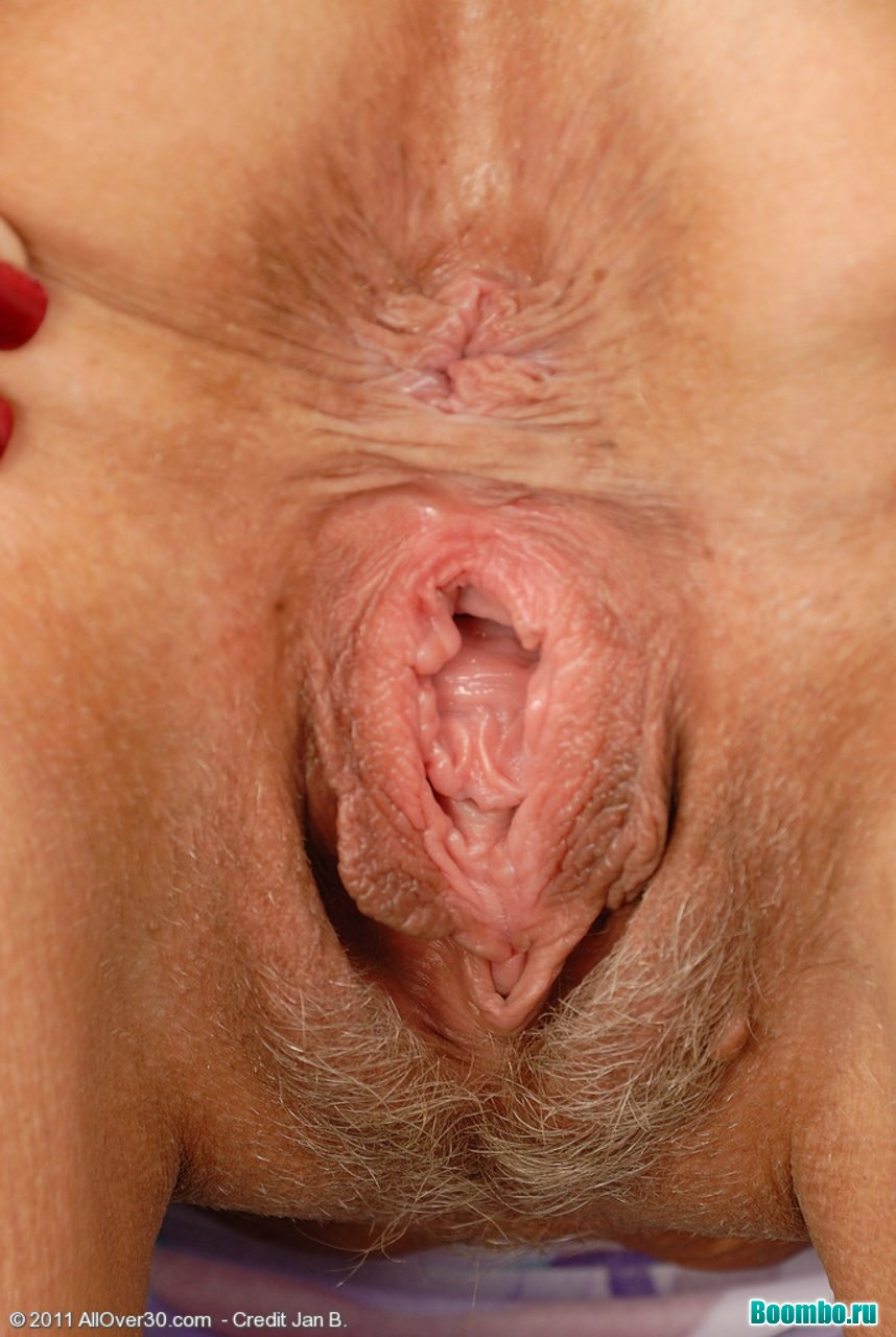 Xxx Hairy Pussy Older Woman Porn Pic