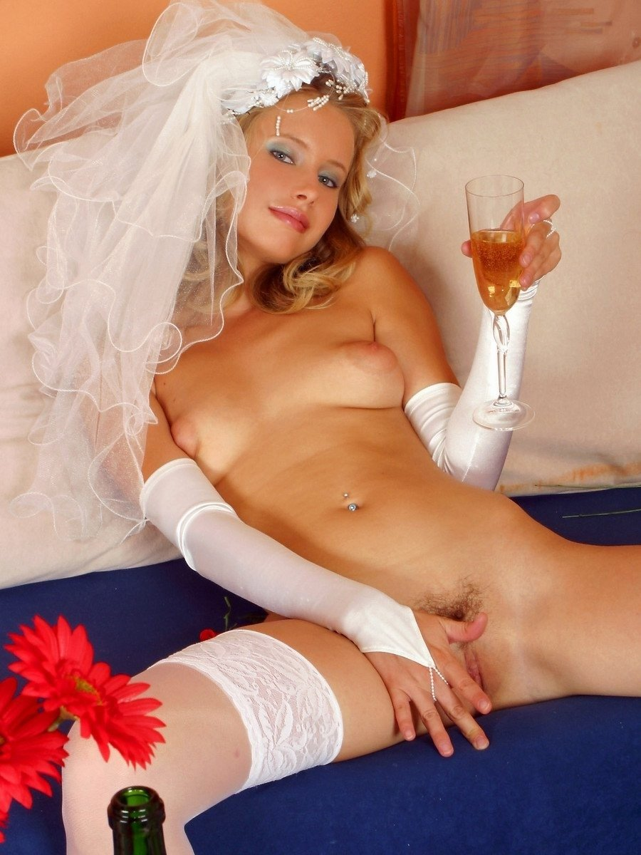 Toni Nude In Naughty Bride