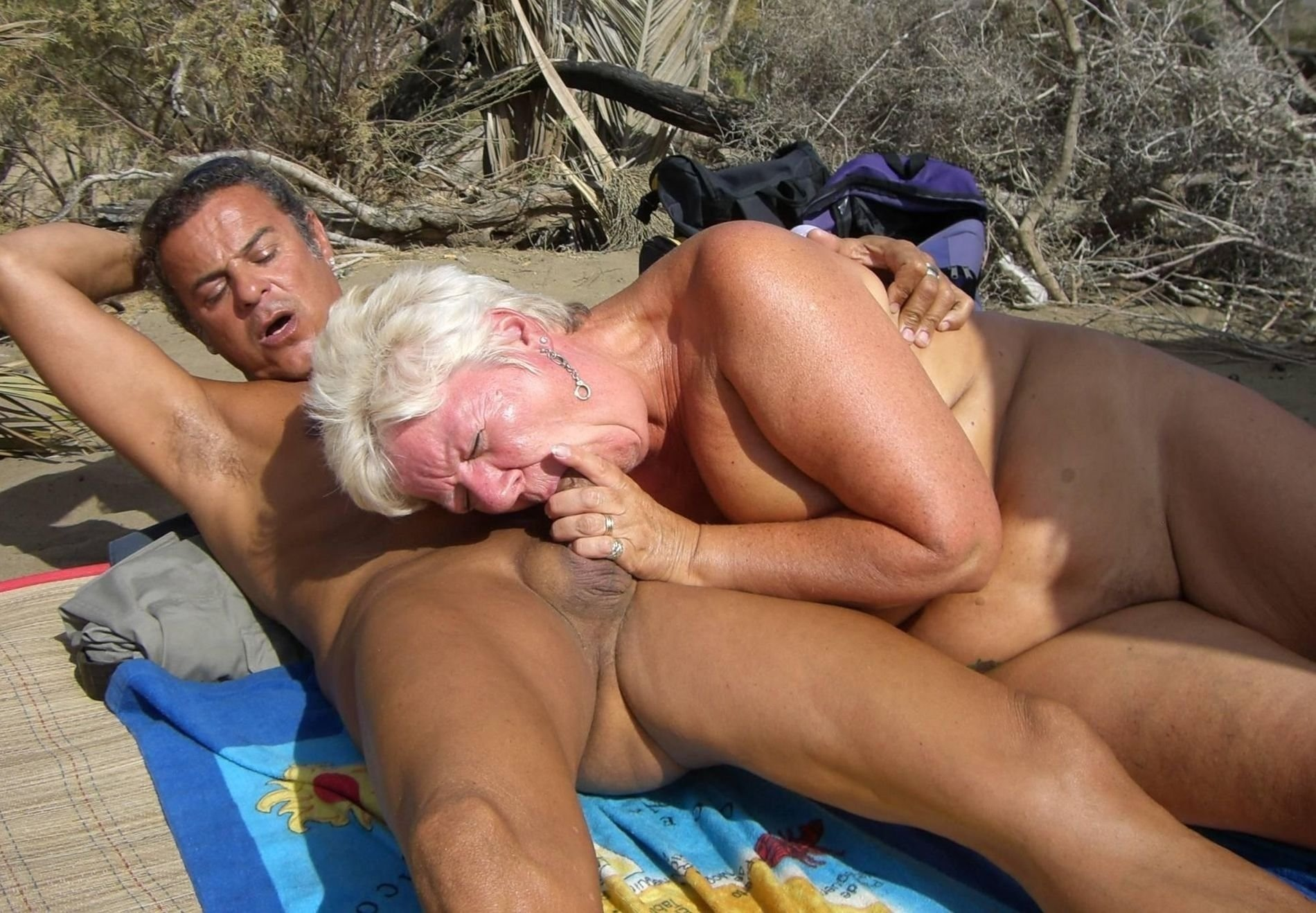 Old lady fucked by young guy gifs hq porn pics