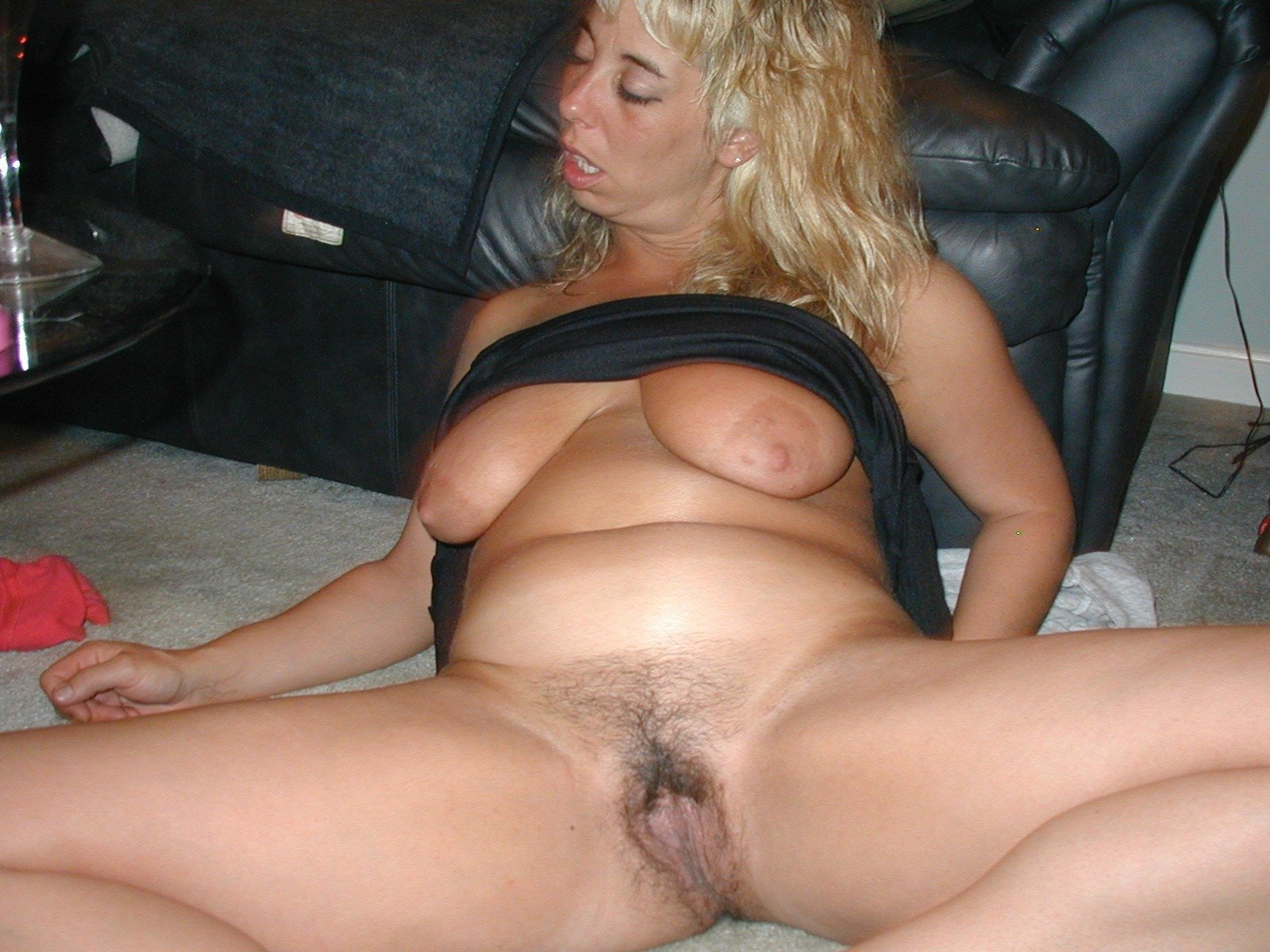 Drunk mom shows pussy