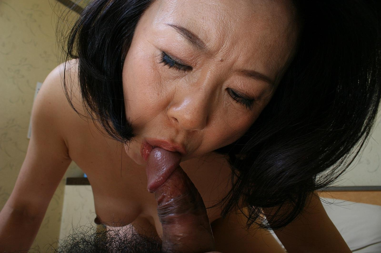 Exotic asian chick yuki reveals hot body and gives blowjob before having sex
