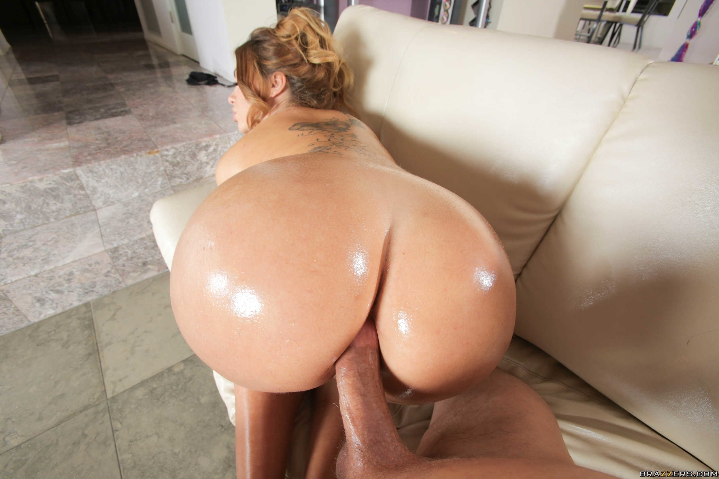 Round ass babe lena paul takes on a huge cock doggystyle