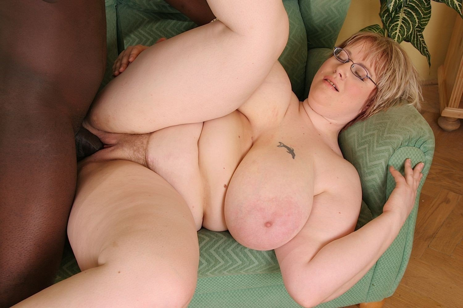 Anal sex with fat white women