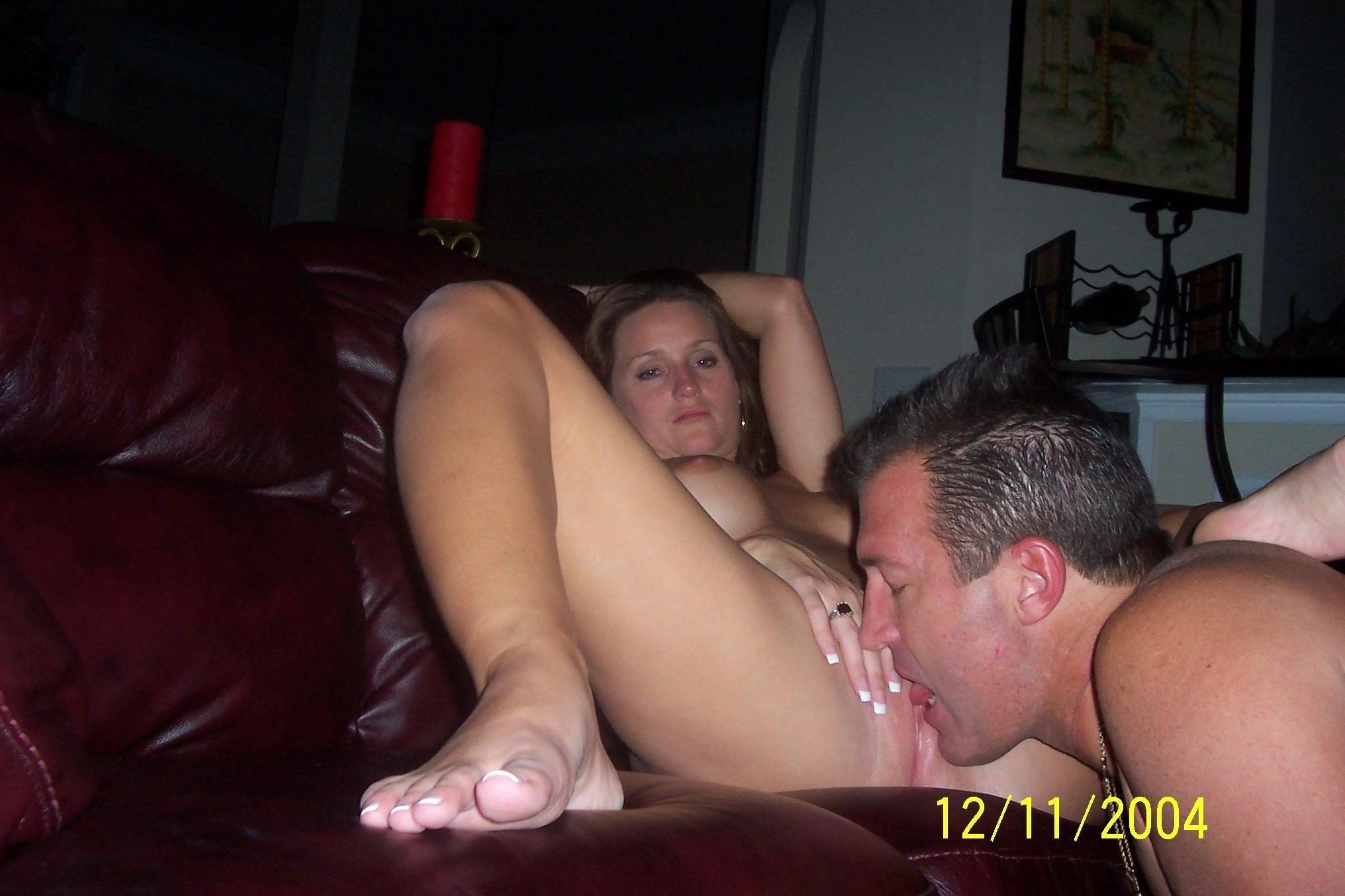 Hot Pussy Licking, Blowjob And Pounding On Amateur Sex Tape