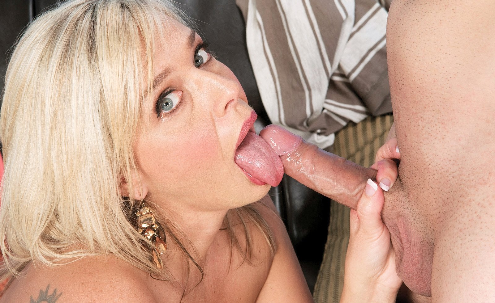 Milf loves young cocks porn gif