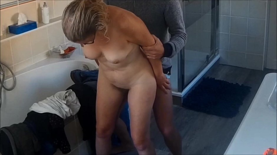 Sexy wife nude pic